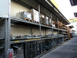 HOLZ POSSLING: Solución de almacenamiento individual de una sola empresa