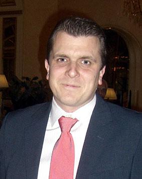 Carlos Fernández, de MADERAS DEL NOROESTE, nuevo Presidente de VIVIR CON MADERA