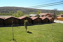 CEVISA fabrica bungalows para los campamentos de inglés de GMR Summer Camps