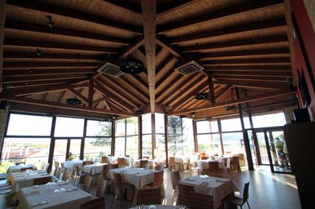 Una espectacular estructura de madera para ampliar el Restaurante Casa Rural Quintanares