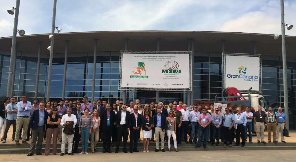 MADERAS EL PINO organizó en Canarias una jornada sobre productos de madera para la construcción sostenible