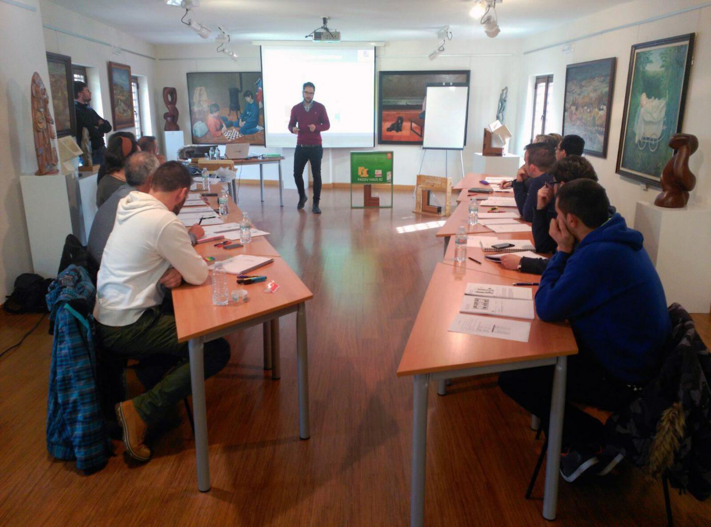 """ASOMA colabora en un curso """"Passivhaus Tradesperson"""" impartido por ZELAB"""