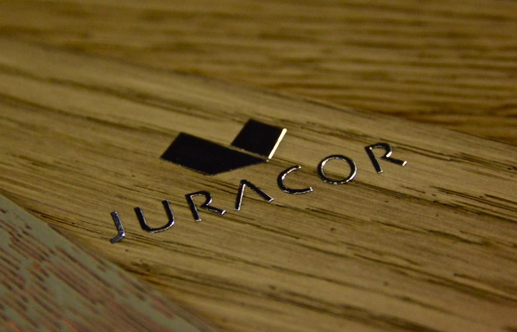 JURACOR presenta su nueva marca V-LACK