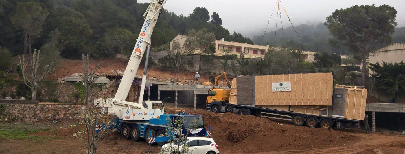 En la actualidad estamos viviendo un auge en las grandes ciudades españolas de las construcciones en madera