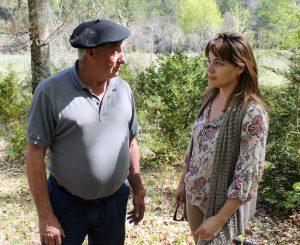 Angel María Barace conversa con Patricia Gómez, gerente de COSE.