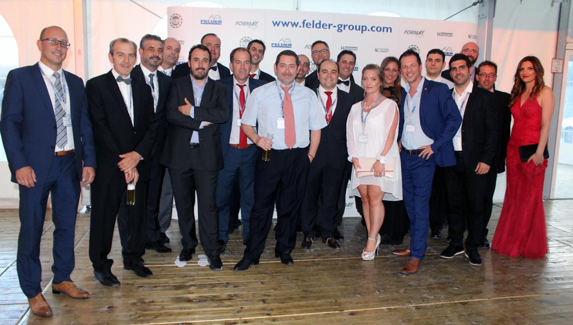El equipo español del Grupo FELDER. El equipo de la filial de la firma austriaca en Barcelona al completo y distribudores de varias regiones de España no quisieron perderse la fiesta de Aniversario.