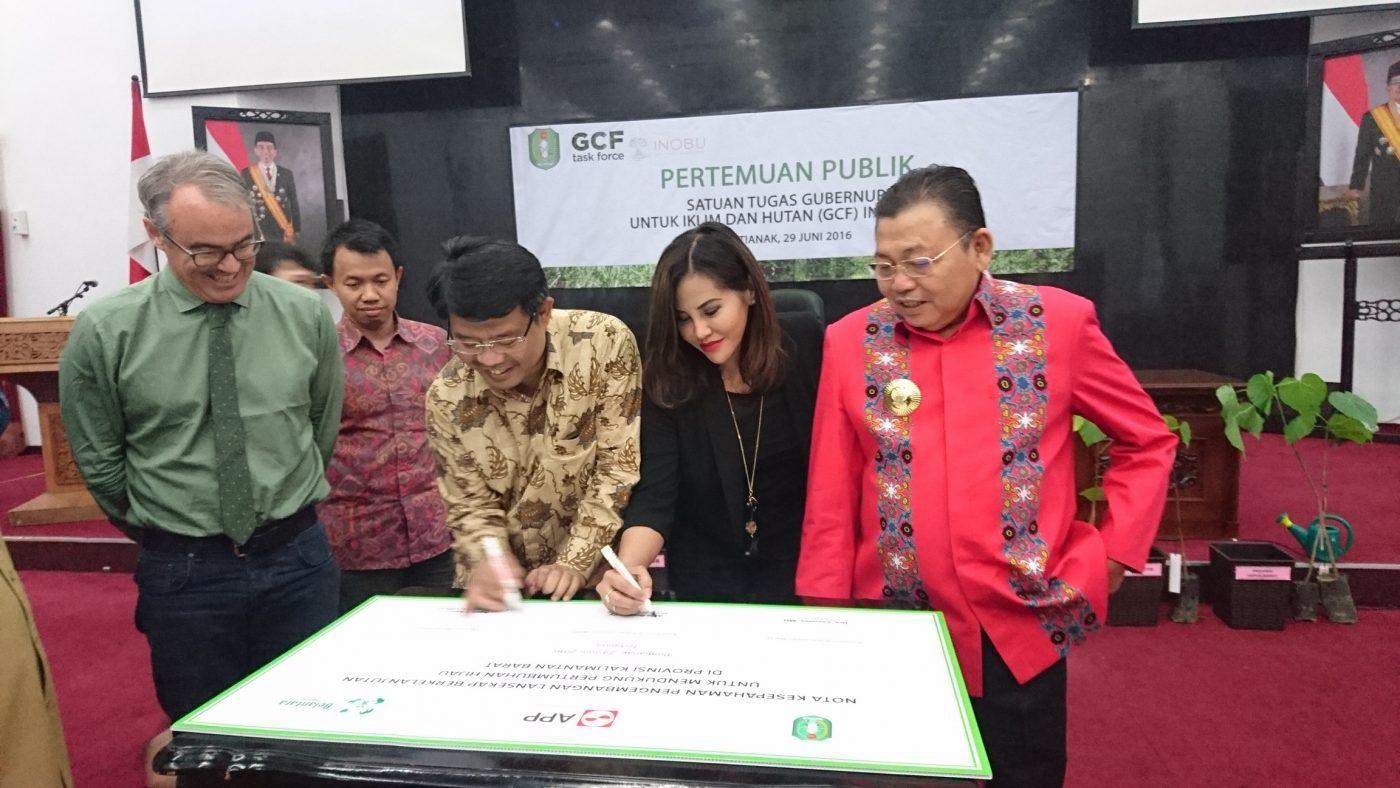 Biocombustibles, proyecto piloto en Indonesia para mejorar la vida de las comunidades