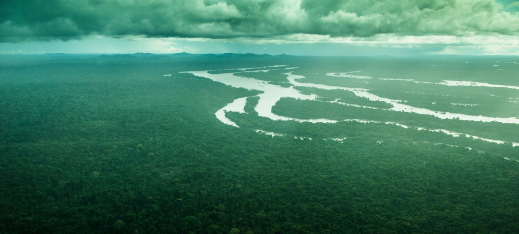 GREENPEACE denuncia graves riesgos de inundar la Amazonia con megapresas