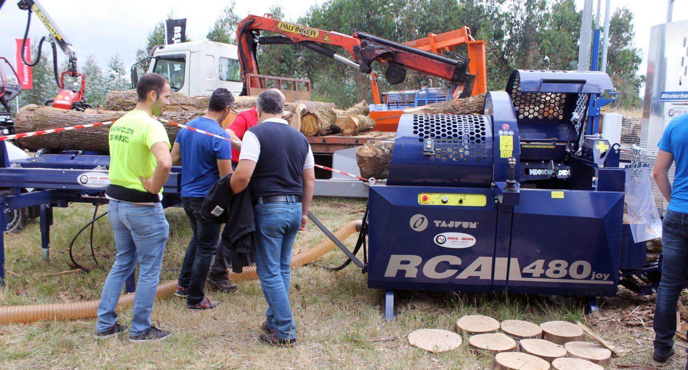 AROZ-BERRI presenta las procesadoras de leña TAJFUN «RCA 480»