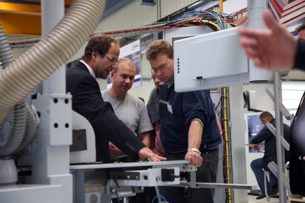 Máquinas e instalaciones para talleres de carpintería o empresas industriales: Existe una solución para cada uno en los HOMAG Treffs.
