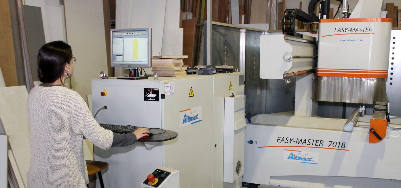 El cambio generacional en FUSTERIA PLANA trae consigo el cambio tecnológico hacia la carpintería 2.0.