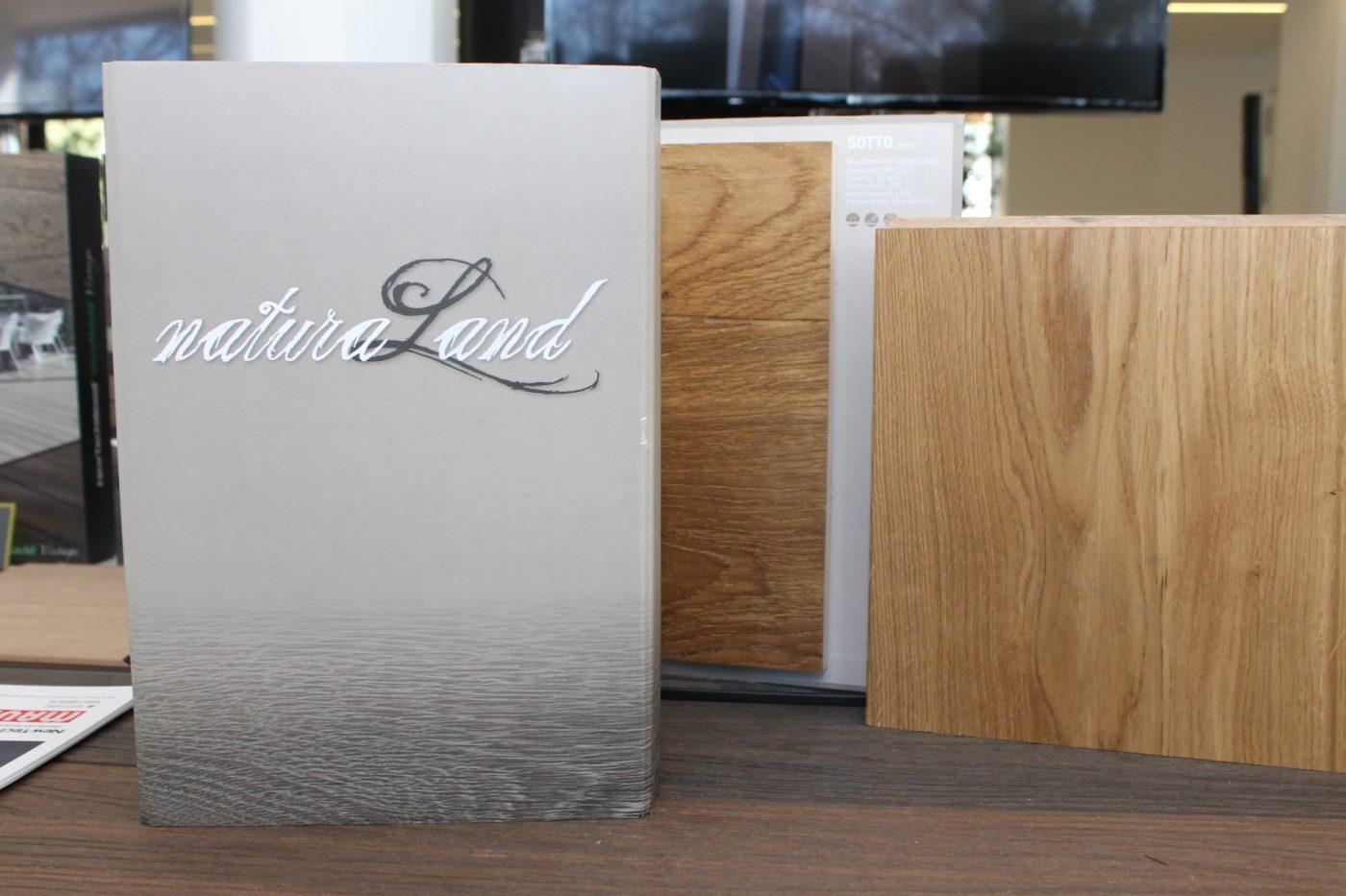 MAUSA presenta la gama NATURA LAND de parqué flotante de madera