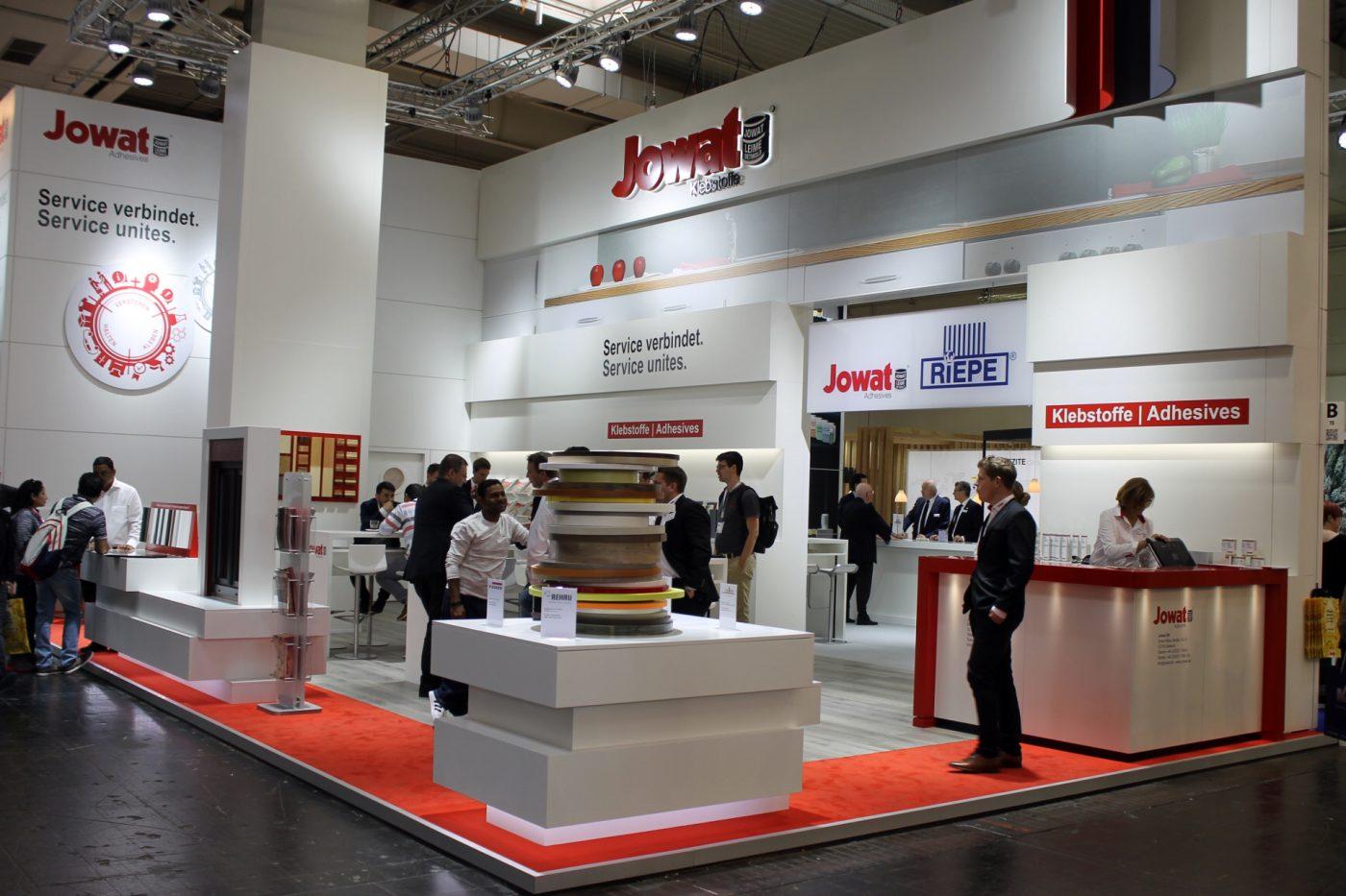 JOWAT presentó en LIGNA soluciones adhesivas innovadoras