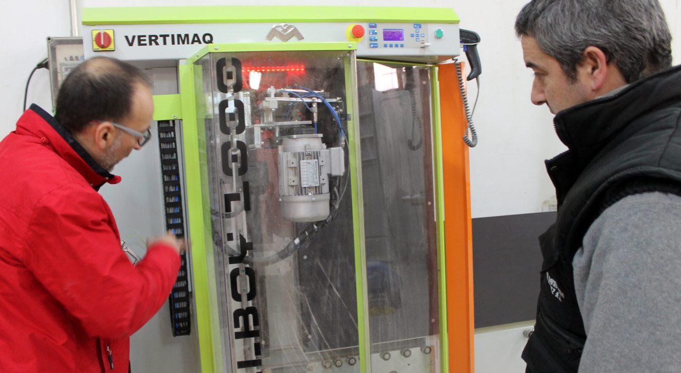 VERTIMAQ fabrica centros de mecanizado para la pequeña carpintería