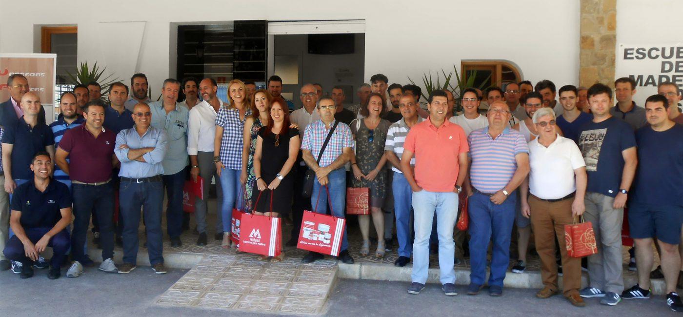 FINSA presentó sus últimas novedades la Escuela de la Madera