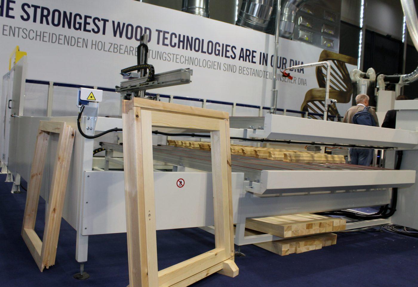 Viento a favor para la maquinaria italiana para la madera