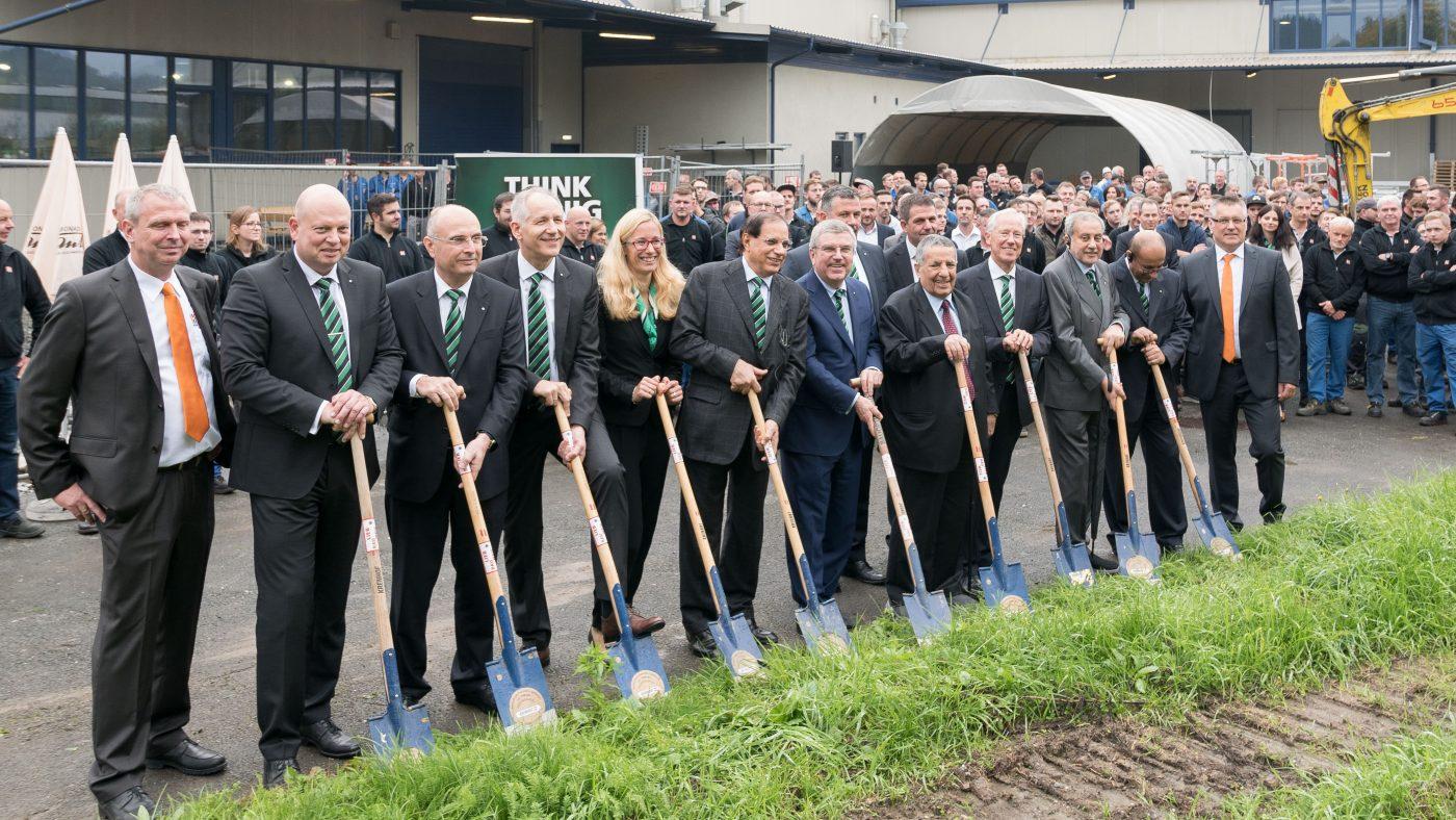 Importante inversión del Grupo WEINIG en la planta de producción de HOLZ-HER