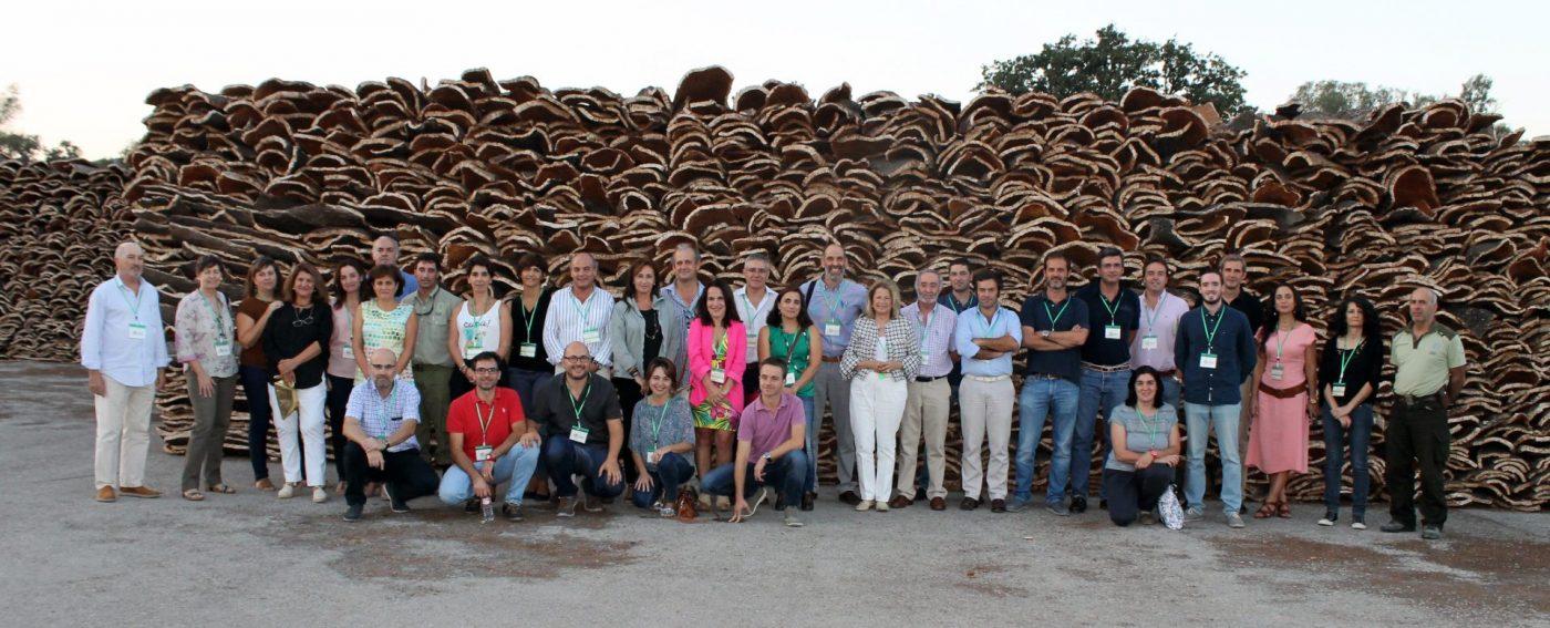 El sector español del corcho se reúne al completo en La Almoraima (Cádiz)