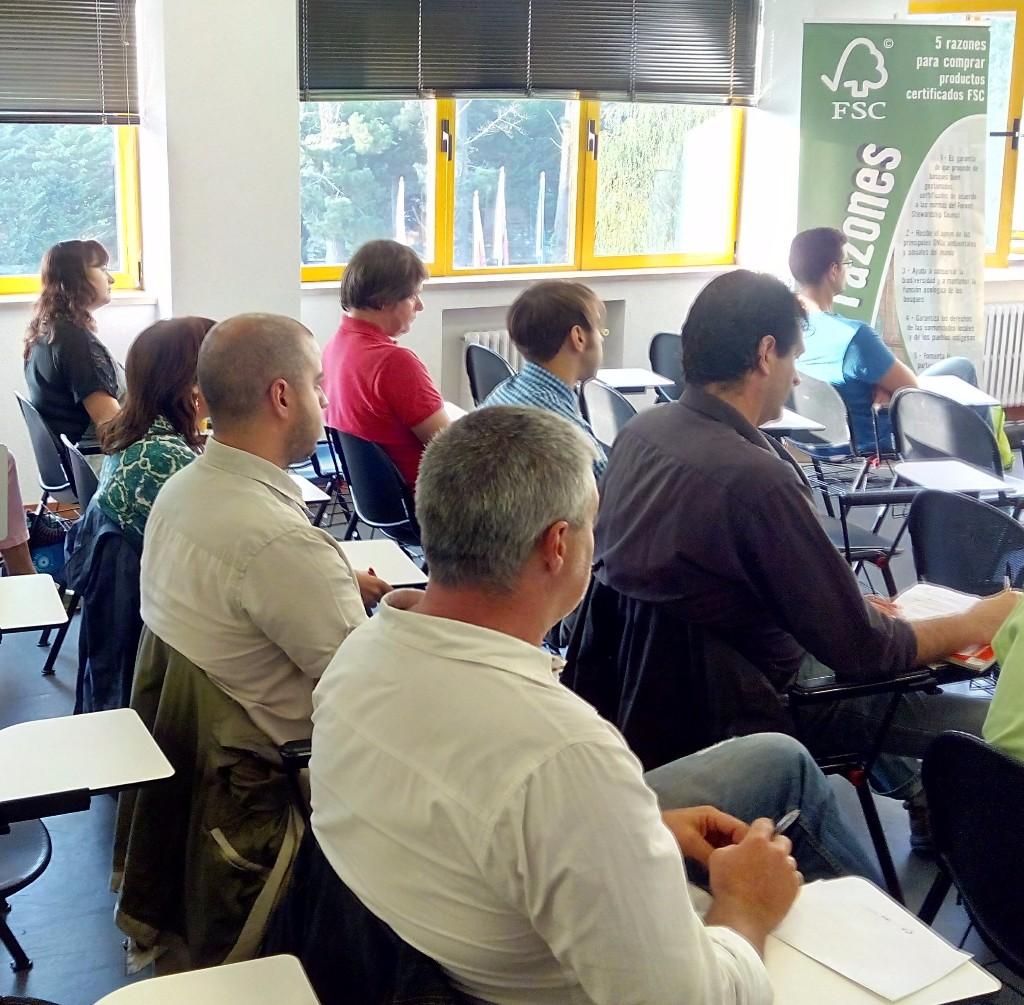 FSC lanza un servicio gratuito de coaching para empresas y autónomos que promueve el uso de maderas certificadas