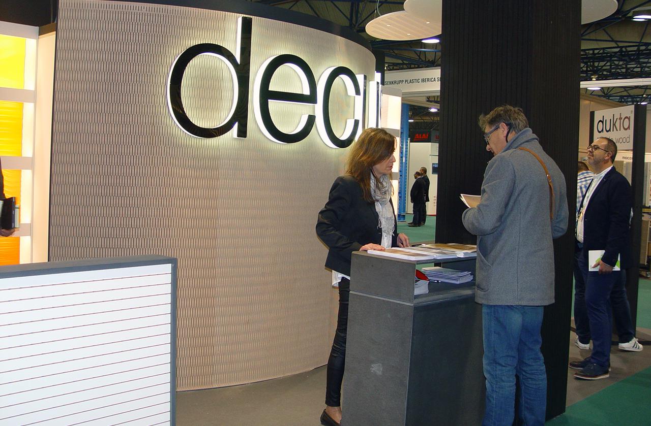 DECUSTIK se erige en especialista en paneles de absorción acústica