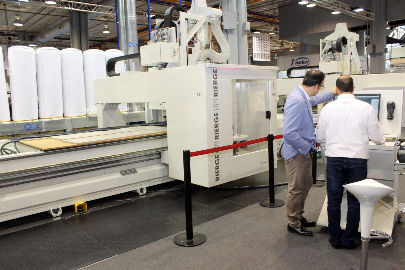 RIERGE se sitúa a la vanguardia de la tecnología del mecanizado de madera y panel