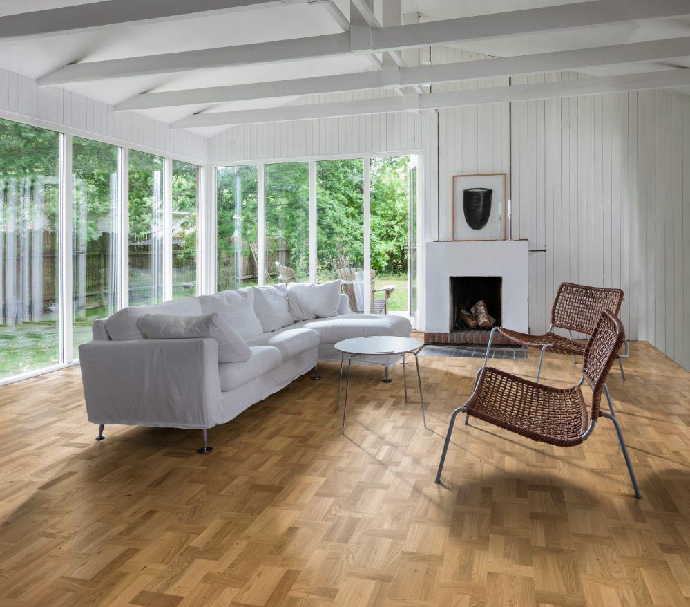 Los suelos de madera en acabado mate y de tonos claros marcan tendencia en decoración