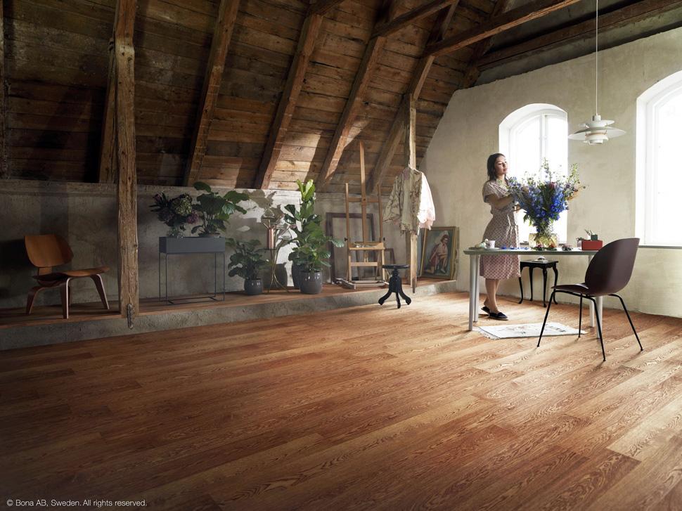BONA propone la estética japonesa Wabi-sabi para recuperar la belleza rústica de los suelos de madera