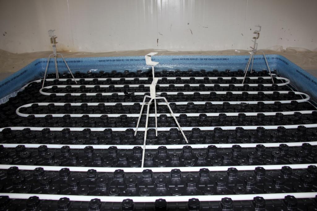Uponor lafargeholcim y anfp proponen un m todo - Pavimento para suelo radiante ...