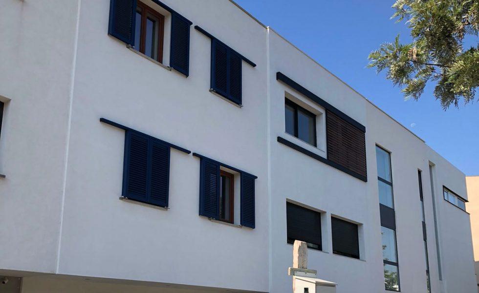 HOUSE HABITAT concluye en Sitges una casa de CLT entre medianeras