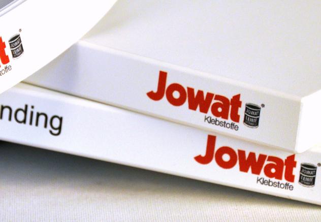 JOWAT presenta lo último en adhesivos de Hot Melt para canteado