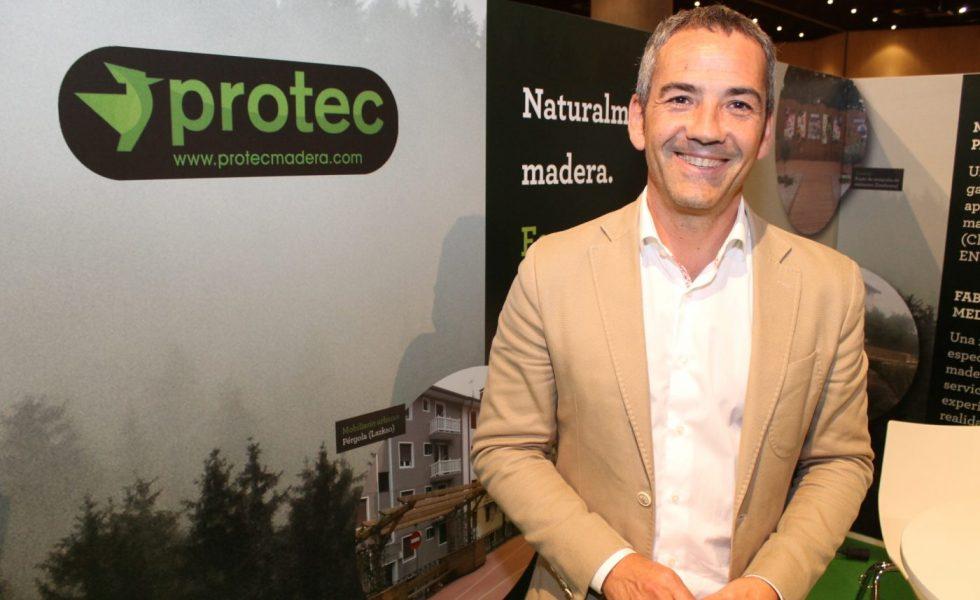 PROTEC propone madera tratada terminada con lasures a poro abierto