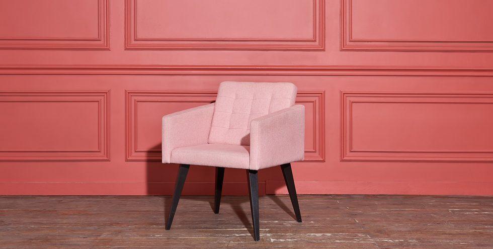 ICA formula Living Coral, el color Pantone 2019, para la industria del mueble