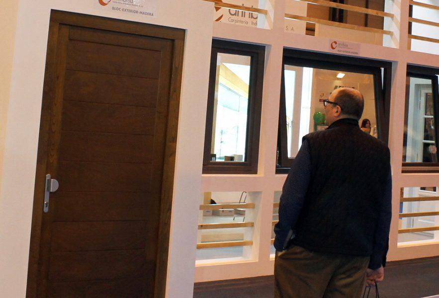CARINBISA entra en las puertas con cerradura motorizada