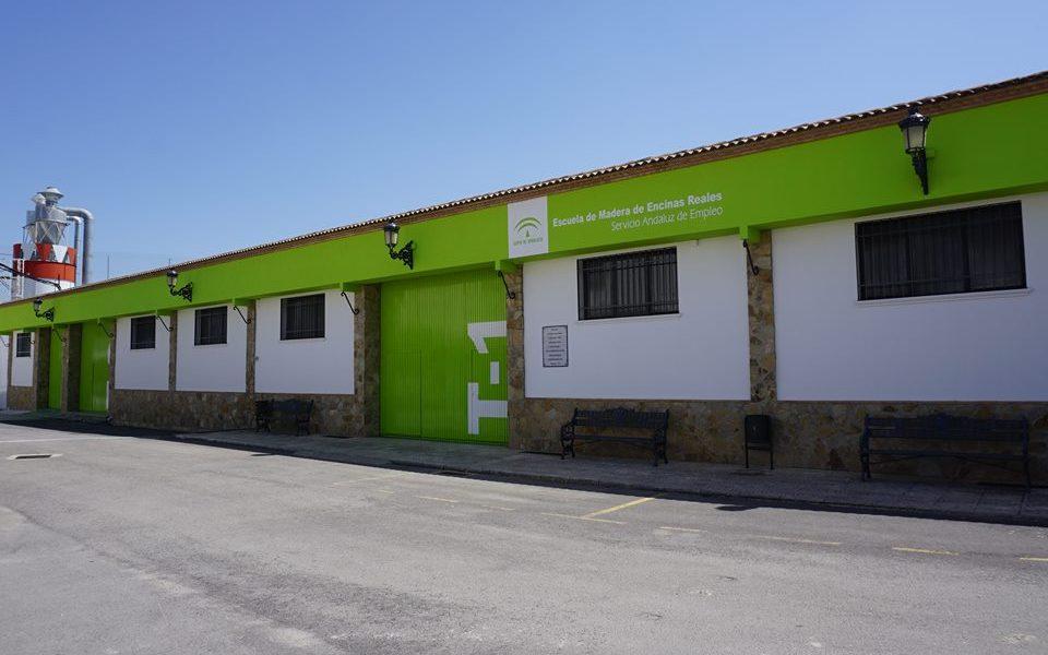La Escuela de la Madera oferta varios cursos para formar profesionales en el sector