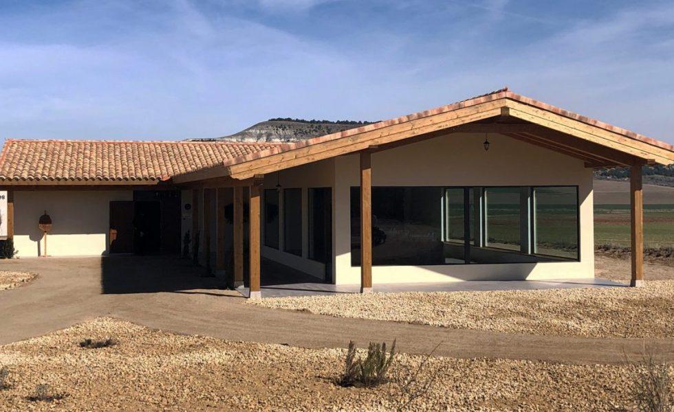"""MEDGON fabrica """"El Aula de las Abejas"""""""
