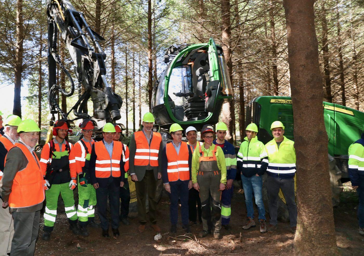 El Rey conoce los trabajos selvícolas gallegos en el Día Internacional de los Bosques