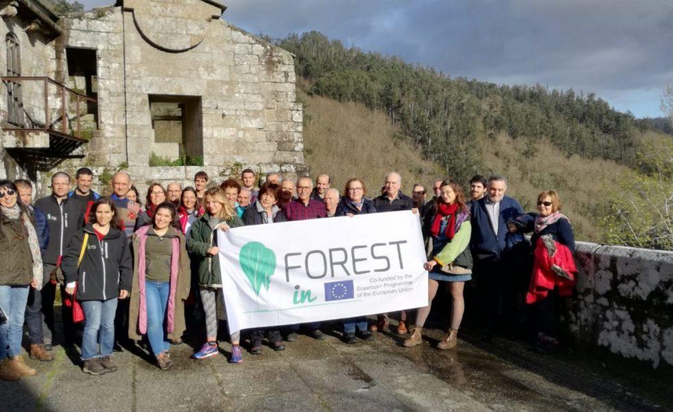 La Asociación Forestal de Galicia y FSC impulsan la educación forestal
