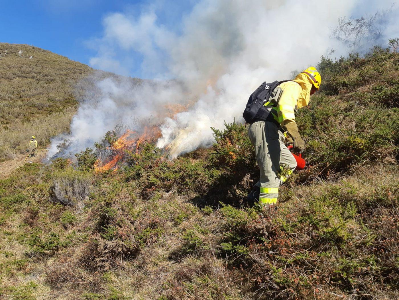 El 70% de los Concejos de Asturias en zonas de alto riesgo de incendios forestales no tienen plan integral de defensa