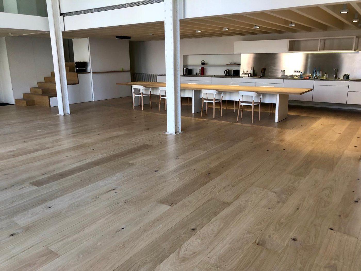 Raw, Old y Home, tres colecciones de tarima de madera de GABARRO