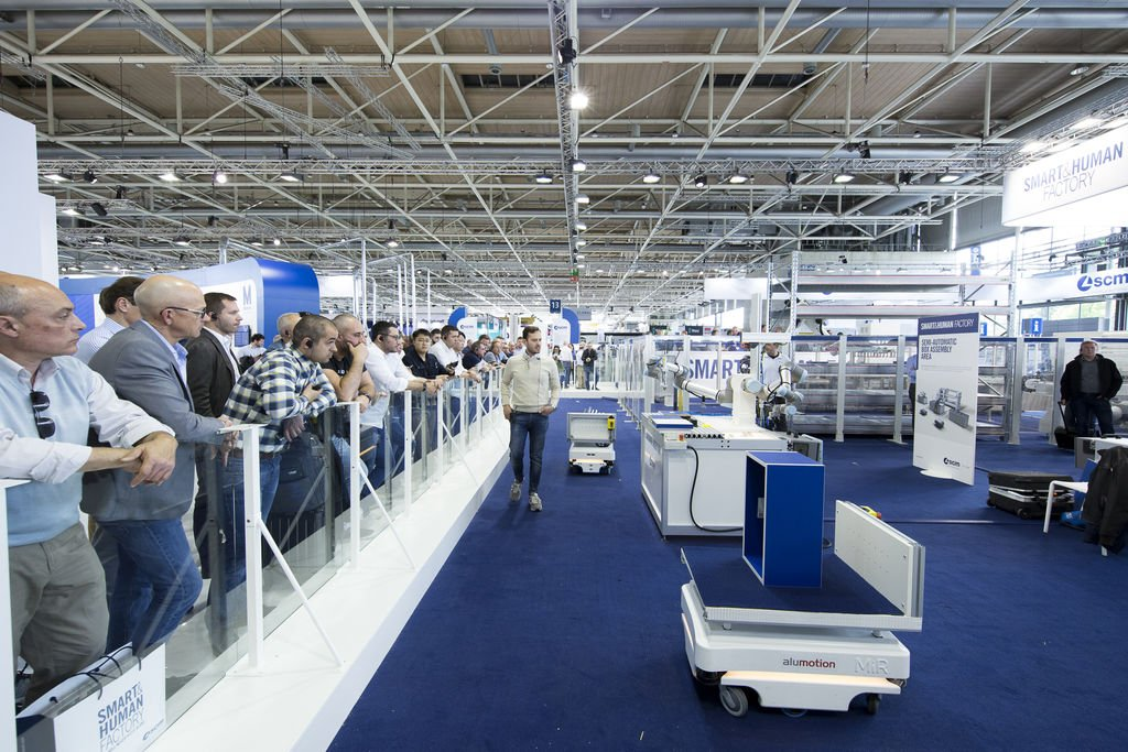 SCM exhibe en LIGNA su Smart Factory