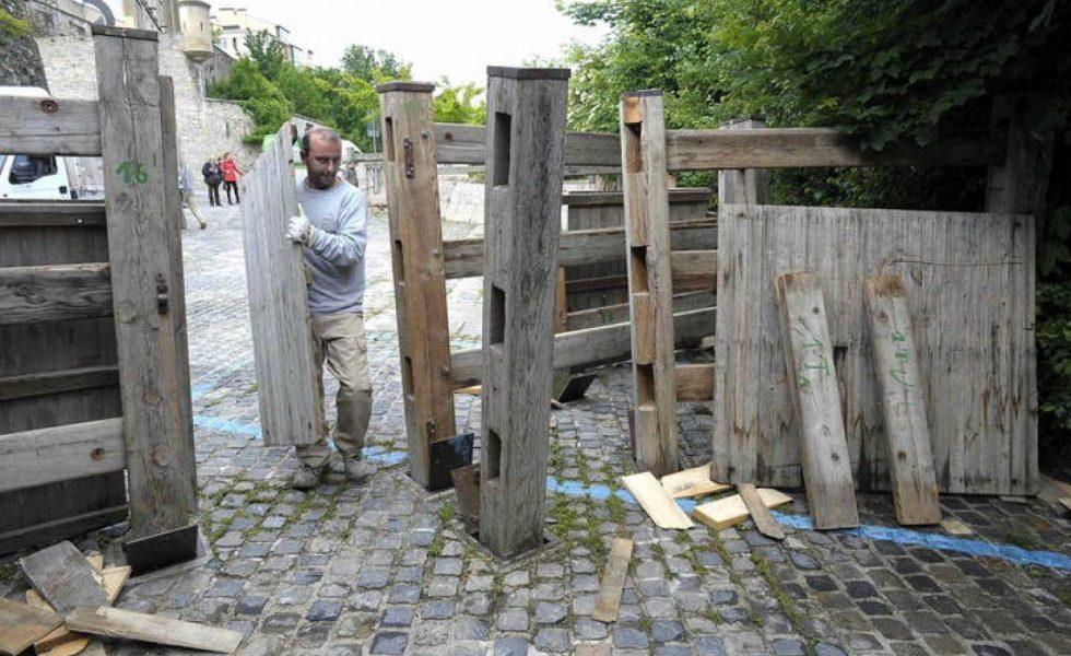 HERMANOS ALDAZ REMIRO, 29 años velando por el vallado de madera de los Sanfermines