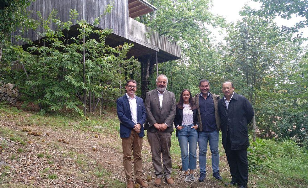 CMD homenajea las Cabañas de Broña por su perfecta integración con el entorno