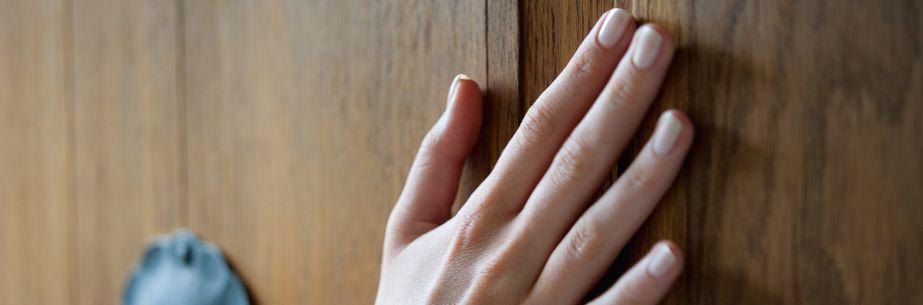 SIKKENS presenta su gama de aceites para madera