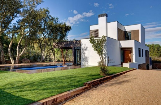 ARQUIMA realiza el montaje de una de sus viviendas pasivas en Mallorca