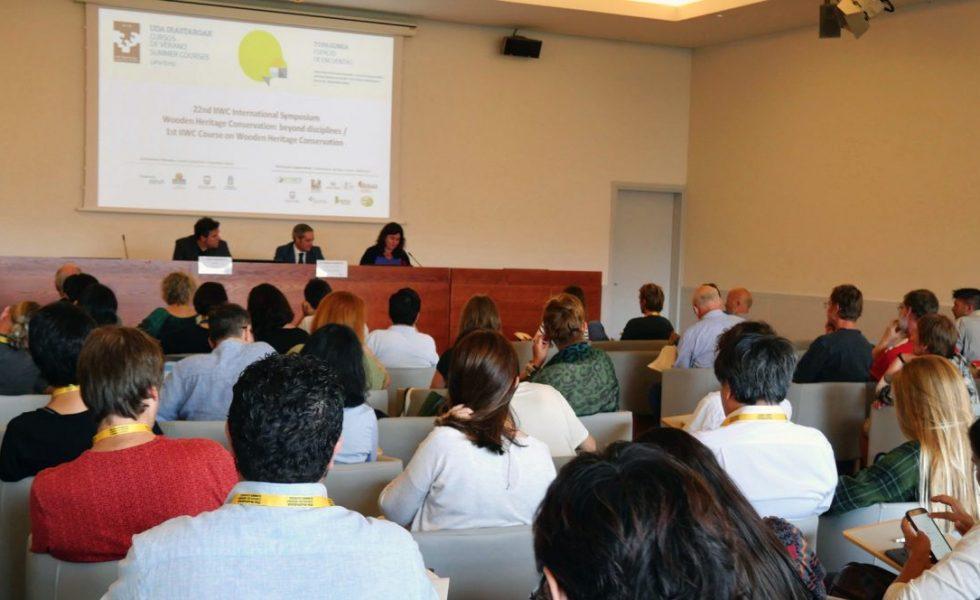 Expertos de cinco continentes debaten en Euskadi sobre las últimas tendencias en conservación del patrimonio monumental en madera