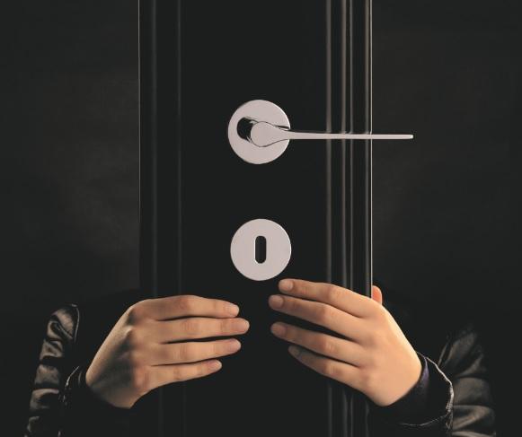 La madera, protagonista en la nueva campaña de imagen de OLIVARI