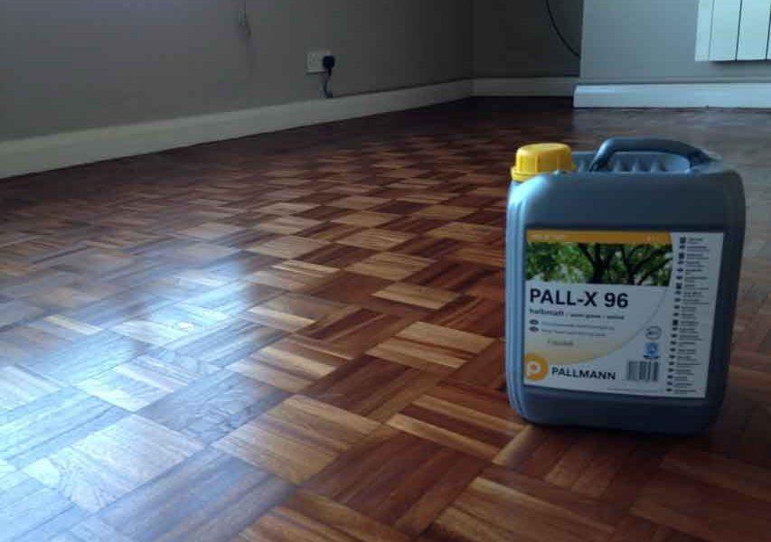 Gran éxito del barniz para suelos de madera PALL-X 96