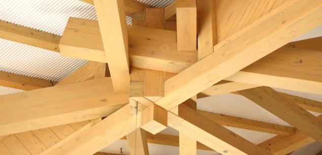El Curso de Construcción con Madera ofrece un monográfico sobre Uniones en Estructuras de Madera
