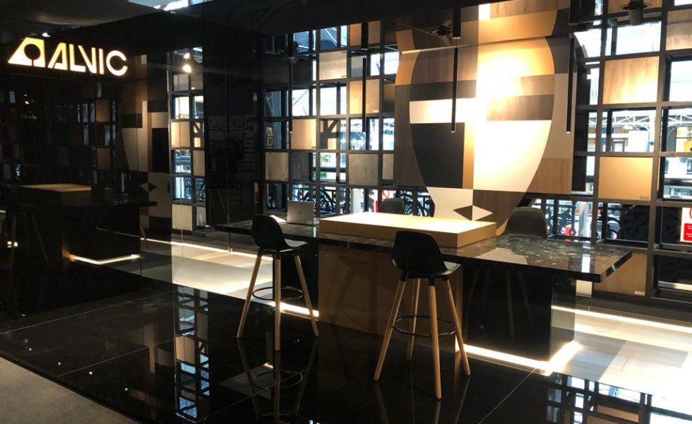 ORGANIC BLACK Lounge by ALVIC
