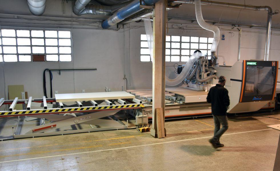 BUSTPER WORKS gana capacidad y flexibilidad, con su centro de mecanizado HOLZ HER Dynestic, suministrado por AIRMATIC